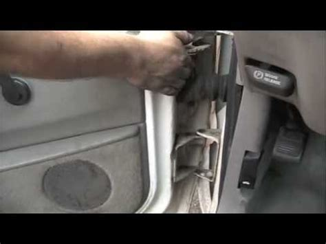 2008 jeep liberty broken door hinge door hinge pin