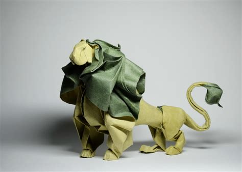 des animaux en origami humide