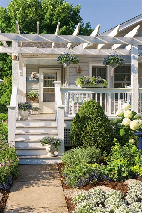 cottage front porch designs 17 best ideas about craftsman front porches on