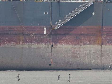 Mba In Bim Bangladesh by Shipbreaking In Bangladesh Tony Wheeler S Travels