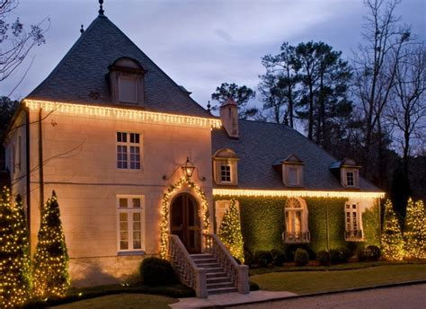 amazing 2013 outdoor christmas lighting embraces options