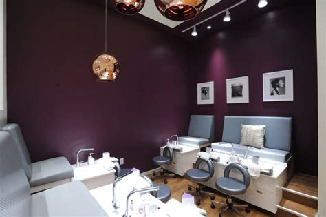 Nail Salon In Garden City by Get The Ultimate Luxury Manicure Or Pedicure At Miniluxe