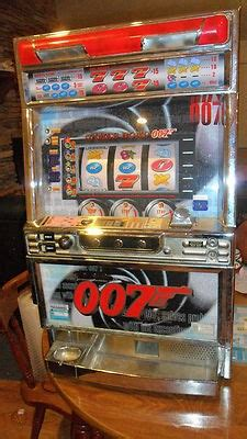 vintage james bond  slot machineexcellent condition