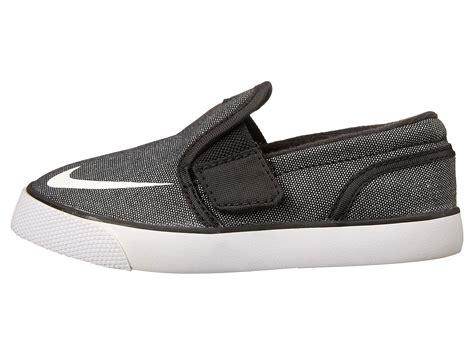 Sepatu Nike Sb Toki Slip On Black nike sb toki slip on canvas infant toddler black