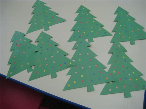 xmas tree activity out of construction paper best 28 construction paper tree construction paper line trees