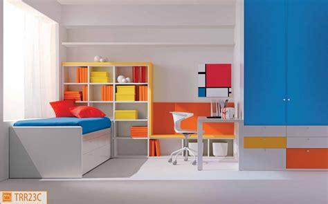 Beautiful Quadri Per Cameretta Bambini #1: cameretta-colori-primari.jpg