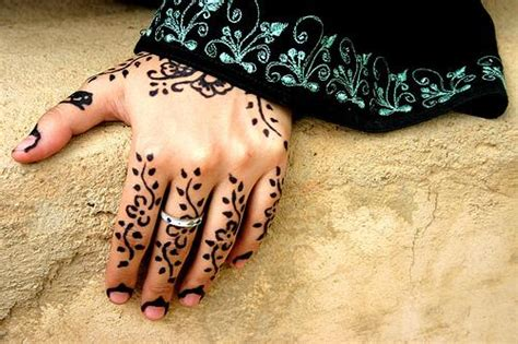henna tattoo urban dictionary need a new look try the henna designs