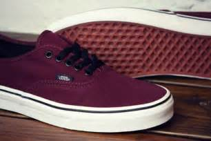 maroon color shoes the world s catalog of ideas