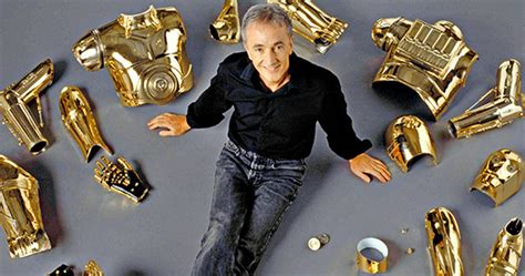 anthony daniels email anthony daniels talks new c3po costume in star wars 7