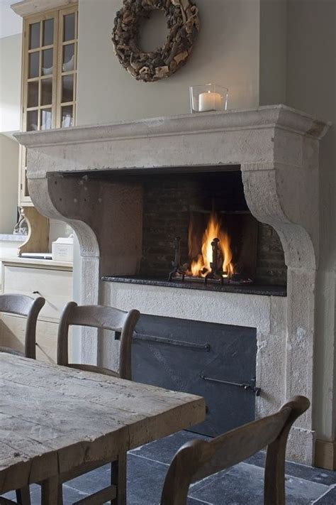 Fashioned Fireplaces by I Adore An Fashioned Wood Burning Oven In The Kitchen