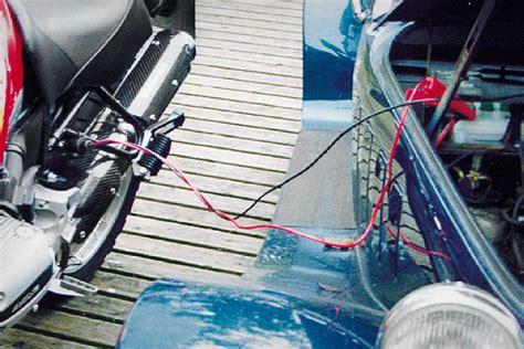 Motorrad Batterie Fremdstarten by Bikestart Starthilfe Set