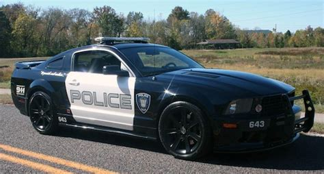saleen mustang transformers saleen ford mustang barricade from transformers pops up