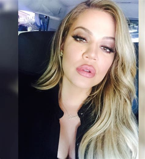 khloe kardashian goes brunette heres how she got her new hair khloe kardashian back to very blonde the hollywood