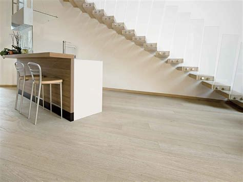 pavimenti prefiniti prezzi parquet prefinito in legno classic master floor 174 by