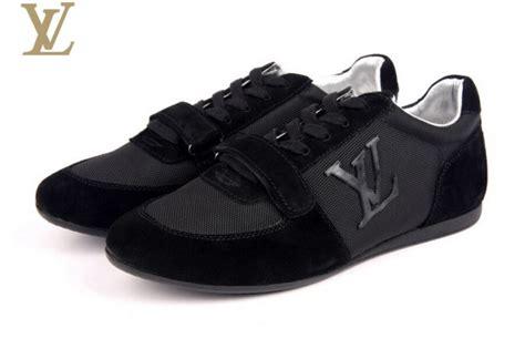 merk sepatu terkenal  termahal  dunia  ngiler