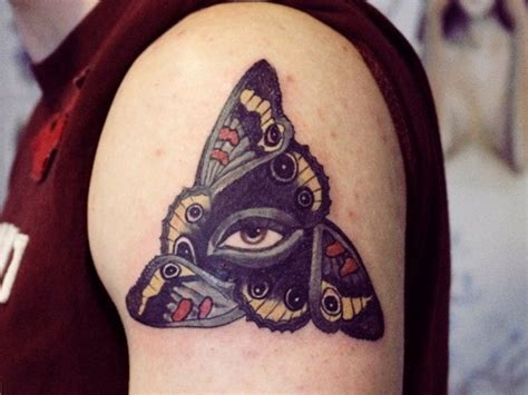 tattoo eye bags 47 graceful egyptian shoulder tattoos