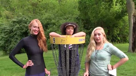 hot female disc golfers the disc golf guy vlog 111 women disc golfers at the