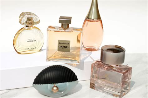 10 Sexiest New Scents For This Fall by How To Find Your New Fall Fragrance Top Perfume Picks