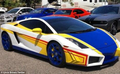 lamborghini customised chris brown gets his lamborghini customised to look like a