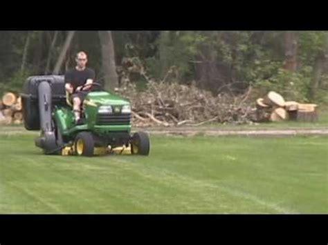 protero residential lawn bagger, leaf vacuum on john deere