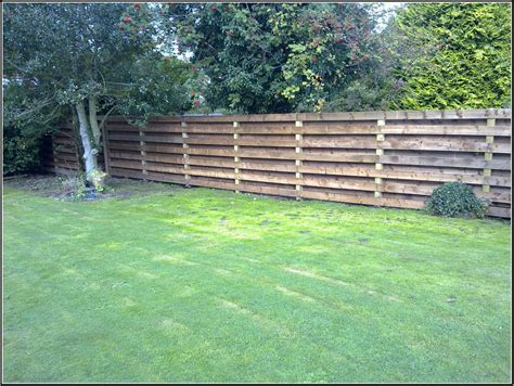 Simple Garden Fence Ideas Garden Fence In Simple Garden Landscape Ideas 2851 Hostelgarden Net