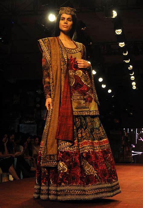 sabyasachi mukherjee indian fashion designer best fashion friday feature sabyasachi mukherjee 171 marigold events