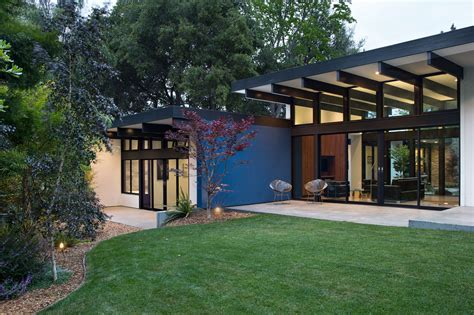 mid century architecture atrium house a mid century architecture residence by