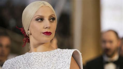 lady gaga accepts contemporary icon award in bra and lady gaga to receive the first ever quot contemporary icon