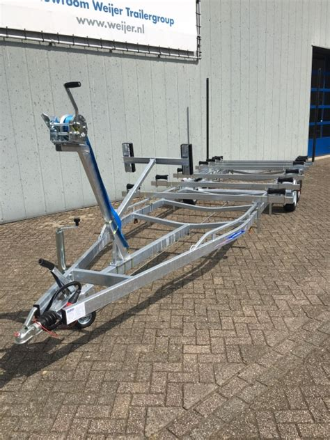 boottrailer parts freewheel 2514 gt voor pontoon boot