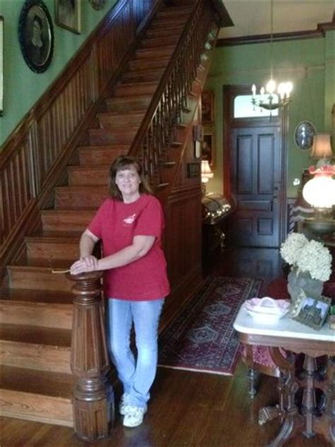 columbus bed and breakfast painted lady of columbus bed and breakfast ms omd 246 men