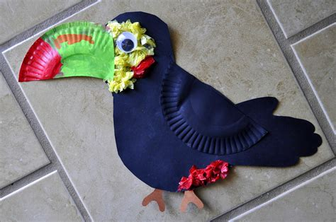 Construction Paper Crafts For Kindergarten - toucan craft i crafty things