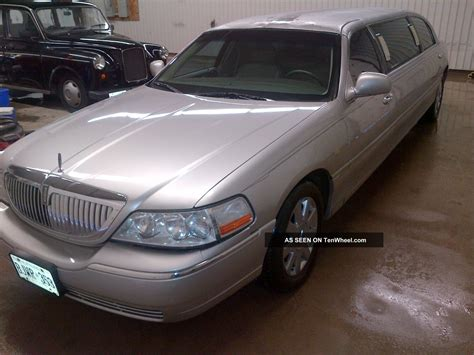 service manual 2003 lincoln town car 4 buy used 2003 lincoln town car executive limousine 4