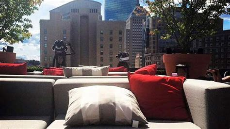 top bars boston rooftop revere rooftop bar in boston therooftopguide com