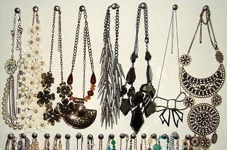 how to make your own jewelry holder smorgasbord sundays diy necklace holder organizer