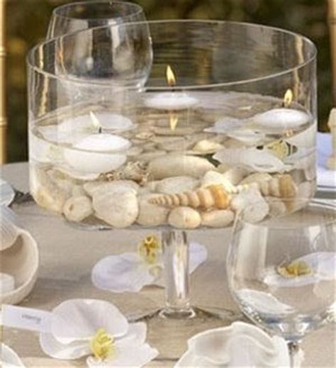 Easy to Make Table Centerpieces with Seashells, Flowers