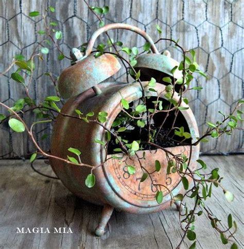 Coconut Shell Chandelier 20 Creative Diy Planter Ideas 2017