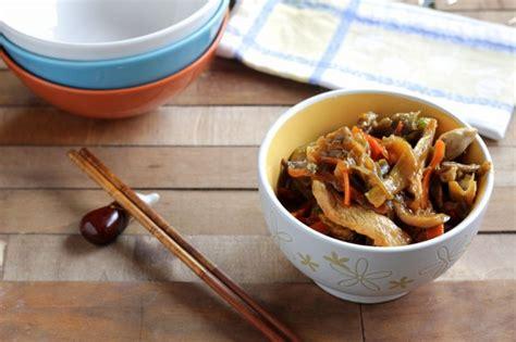 como cocinar en el wok c 243 mo preparar un wok de pollo y verduras salteadas en