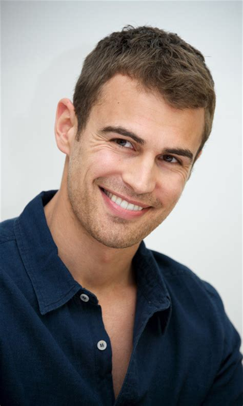 single hot male celebrity 2015 hottest bachelors 2014 meet hollywood s superstar crop of