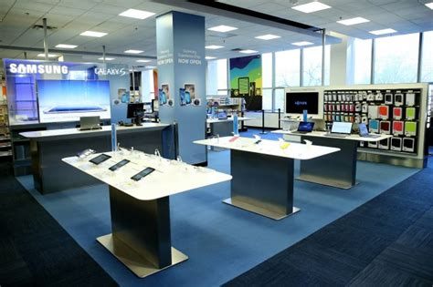 e samsung store samsung s apple store clones begin popping up in best buy stores across the u s cult of mac