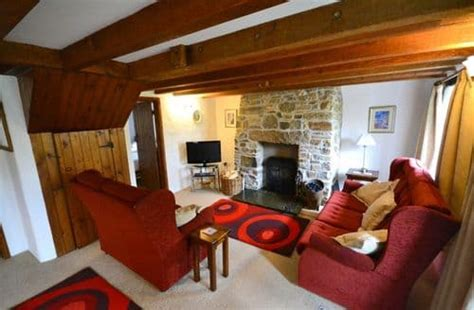last minute cottage deals last minute cottages up to 40 late deals on 60 000