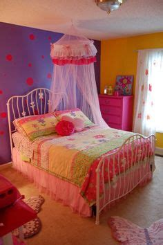 2 year old girl bedroom our 4 year old girls room she loves purple we