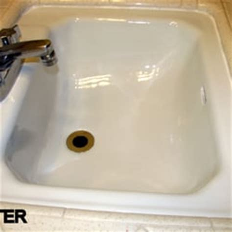 bathtub refinishing austin tx all surface renew bathtub refinishing 46 photos 119
