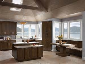 Maple Bathroom Cabinets 1000 Images About Kraftmaid Return To Your Roots Contest
