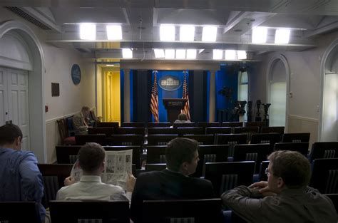 Press Room by File Brady Press Briefing Room 2007 Jpg Wikimedia