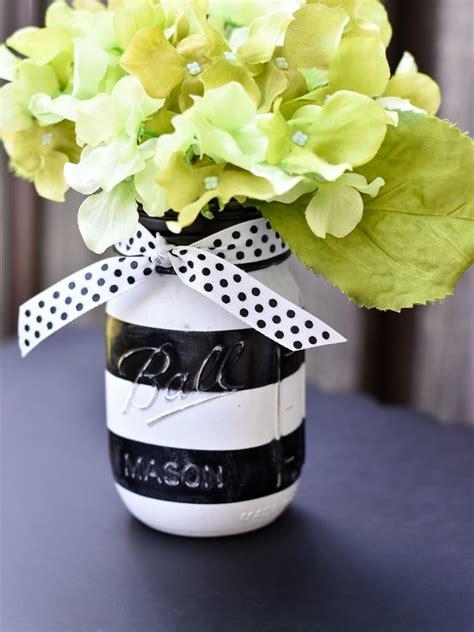 frascos decorados blanco y negro itsy bitsy paper black and white stripe painted mason