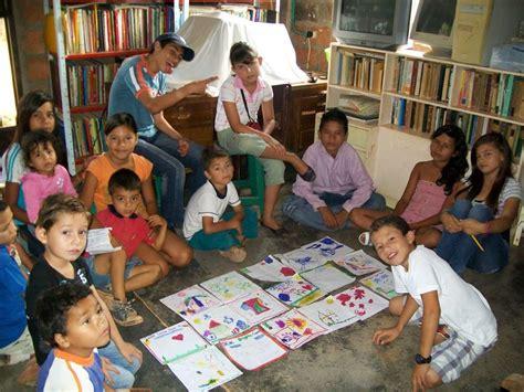 imagenes comicas de niños estudiando veamos m 225 s ni 241 os estudiando gente de cabecera