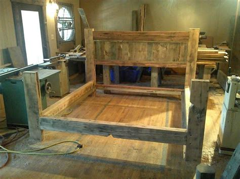 barn wood bed reclaimed wood bed frame diy 187 woodworktips