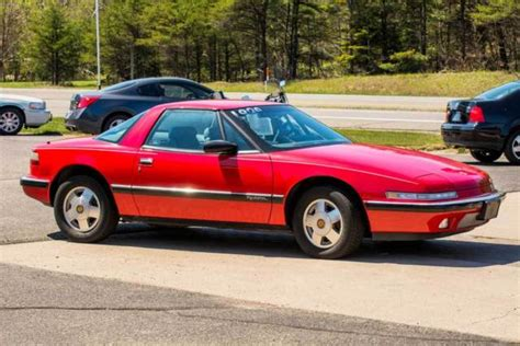 2 seater buick clean low mileage buick reatta two seater