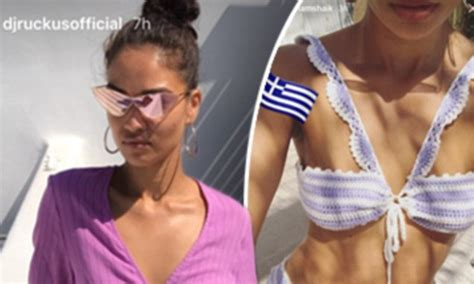 Vanity Fair Coupons Shanina Shaik Stuns In Pink In Mykonos Daily Mail Online