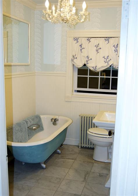 clawfoot tub bathroom ideas 22 stunning bathrooms with claw tubs